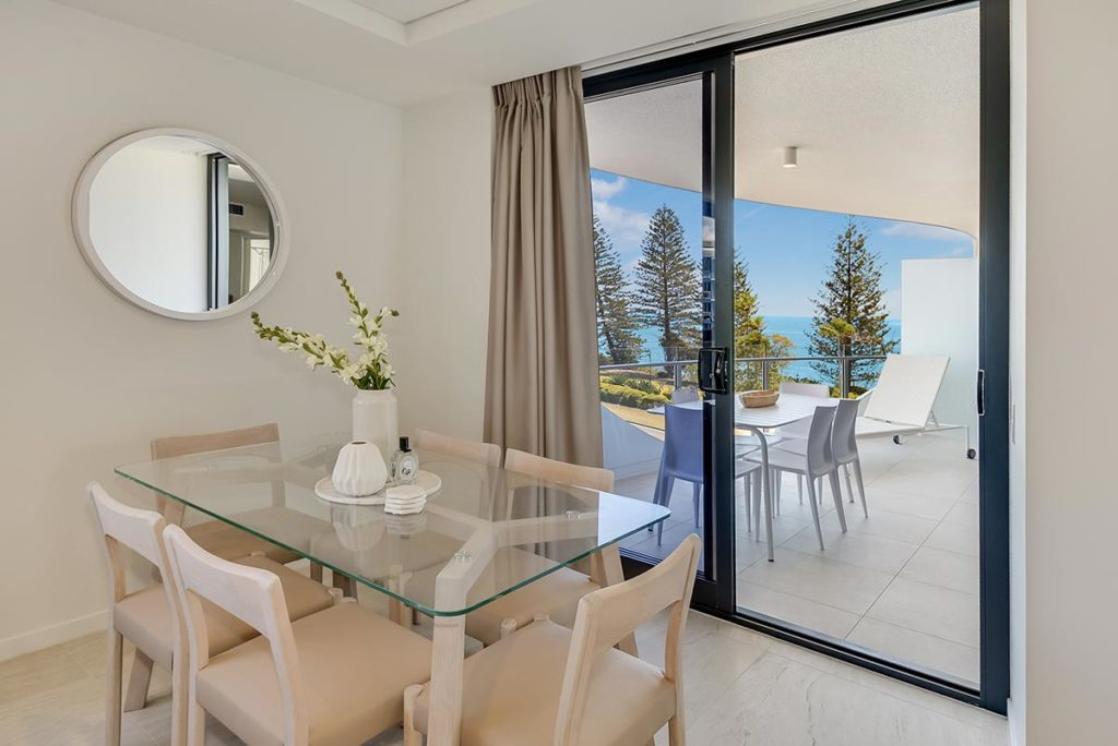 1200-2bed-nef-ocean-view-mooloolaba-accommodation1