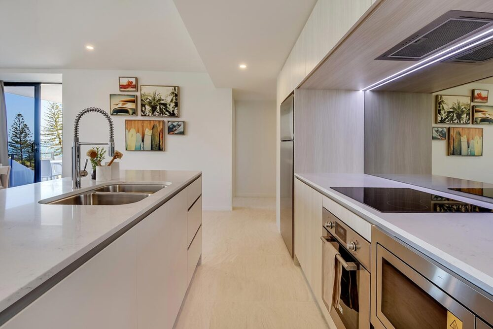 1200-2bed-nef-ocean-view-mooloolaba-accommodation2