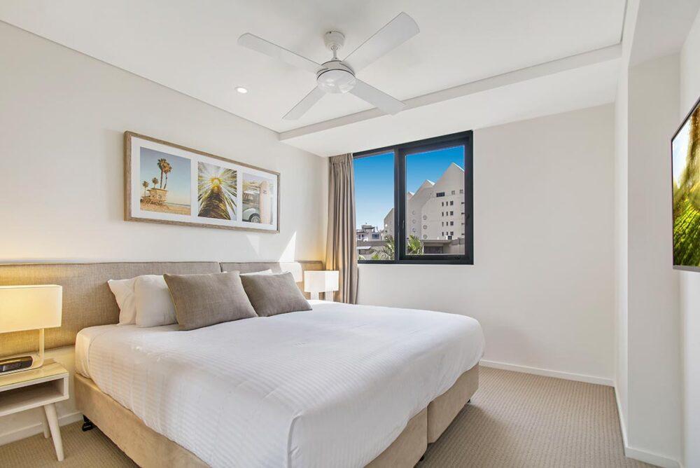 1200-2bed-premium-mooloolaba-accommodation6