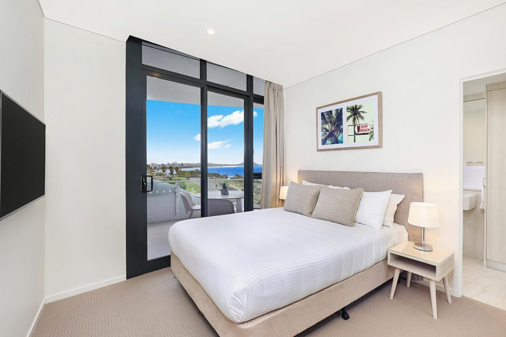 1200-2bed-premium-ocean-view-mooloolaba-accommodation1003-1